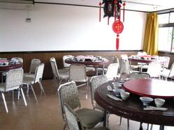 個室は10名様より、 宴会は最大80名様まで承ります。