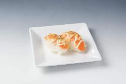 【寿司:炙りチーズサーモン】