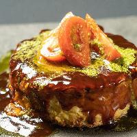 名物もーり焼きは、お好みソース味・フレンチ・イタリアンの3種