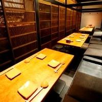 テーブル個室で外国のお客様にも 最大で20名様