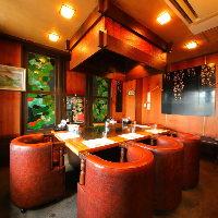 鉄板焼用各個室ご用意しております。