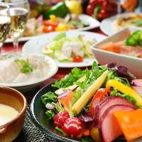 宴会コースも豊富にご用意!3時間飲み放題付きコース2990円〜!