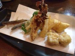 天ぷら盛合せ ※日により内容が異なります