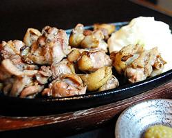 自慢の宮崎産地頭鶏バラ焼き