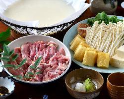 和紙なべ で愉しむ鍋料理 【一番人気】かしわの水炊き