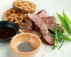 【まずはシンプルに】 鴨のステーキはお塩または和風ダレで☆