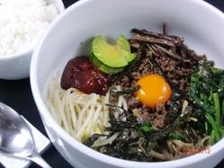 【ビビンパ】韓国の山の幸、山菜、野菜等、本場の味を♪♪