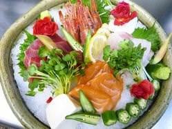 和歌山漁港から仕入れた鮮度抜群の魚料理が自慢です!