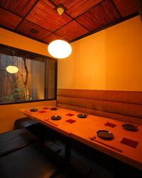 お庭を眺めながら楽しむ食事も♪ 個室で使えます。