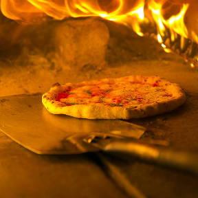 ピザと石窯料理 Triveni