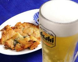 チヂミとビールのセットも人気☆パンチの効いた辛さが決め手★