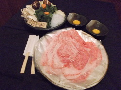 神戸牛のすき焼きです。