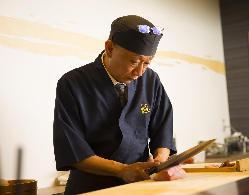 職人技をご覧いただきながら楽しむのが大阪割烹の醍醐味