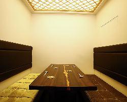人気の個室ボックス席で、贅沢なひと時をお過ごしください