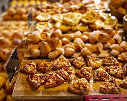 新設ベーカリーで焼きたての『パン』がその場で味わえます