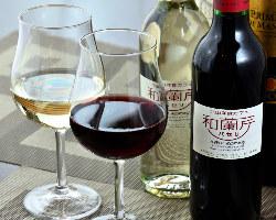 ワイン片手にオシャレな時間と癒しのディナーを味わう。
