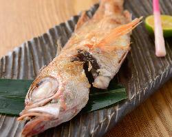 寿司以外にも人気!一品料理の数々。常連さんにも好評です。