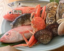 鮮度が命の魚貝。新鮮なものをご用意