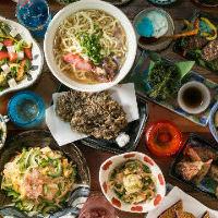 ボリューミーな沖縄料理は満足すること間違いなし!