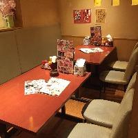 テーブル席もあります(^^)