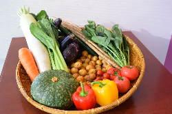 近県の産地野菜をふんだんに使った、京のおばんざいをどうぞ♪