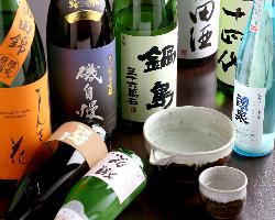 全国の地酒を50種揃えております。