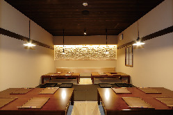個室は最大20名様まで 会社宴会や同窓会にご利用ください