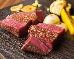 ブランド牛「大和牛」のフィレ・サーロイン・ランプをステーキで