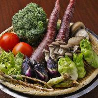 シェフが市場で買い付ける季節の野菜もお楽しみください♪