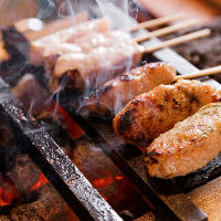 【串焼き】 香ばしくてジューシー♪熟練技で焼き上げる串焼
