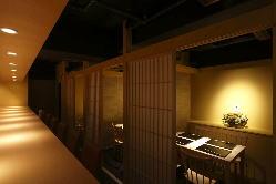 完全個室のプライベート空間2名様~最大30名まで対応可能です