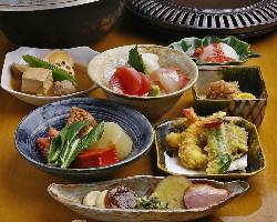 【宴会におすすめ】 ご宴会向けのコース料理もご用意しています