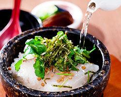 ◆〆には・・・◆ 刺身鯛でのお茶漬けは〆にはもってこいです。