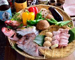 炉端メニューは鮮魚の種類以外に野菜も豊富に取り揃えております