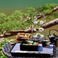 和洋様々な15種類の美味を堪能できる「和のアフタヌーンティ」。
