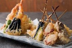 【ウニ巻き】 真鯛で生ウニを巻き、サクッと揚げてさらにウニ!