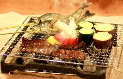 囲炉裏炭火焼コース 入浴付きは4,000円(税込)!