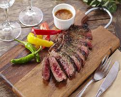 旨みが広がる絶品ステーキを低価格でご提供!