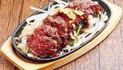 【馬肉寿司】 絶品の希少部位の肉寿司ぜひご賞味を!