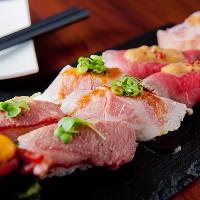 RIVIO自慢の肉料理はどれも逸品!厳選された肉を使用ています!
