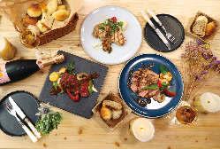 自家製スモークサーモンと帆立貝、季節野菜のクリームパスタ