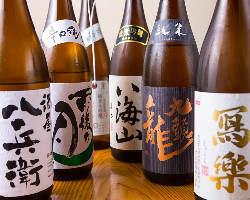 日本酒、焼酎なども各種取り揃えております。