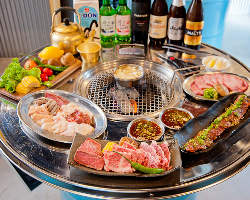 《ドラム缶焼肉》 ホルモン、塩焼き、旬野菜など多彩にご用意