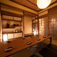 《接待にも最適》 落ち着いた和の風情漂う小個室もご用意あり