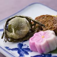華やかな色合いで季節を表現した八寸をコース料理で堪能