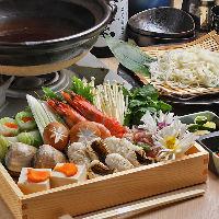 お鍋のコースもおすすめです。穴子の寄せ鍋や、天然クエ鍋など