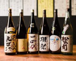 《地酒多数》 人気の銘柄から季節限定酒まで、充実の品揃え