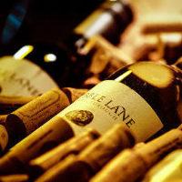 ワイン・カクテル・サワ—など100種以上完備した豊富なドリンク