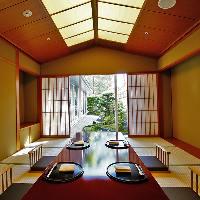 【多彩な個室】 料理の世界観に寄りそう、上質感漂う空間