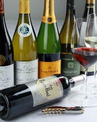 お料理に合うワインを豊富にご用意しております♪